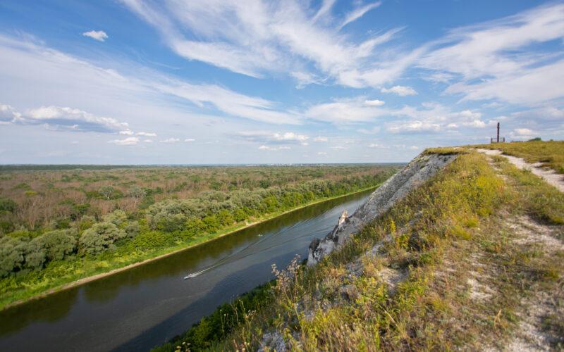COVID-19: с 11 октября новые правила посещения Воронежской области